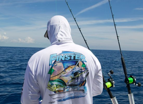 Finster-Custom_Boat-Team-Apparel-6